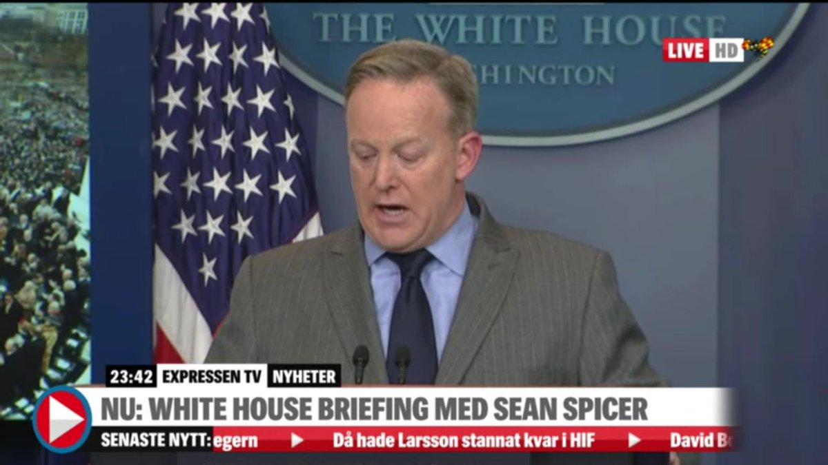 Just nu: @ExpressenTV sänder Vita husets presskonferens på http://www.expressen.se/tv/nyheter/live/live-tv-donald-trump-svars-in-som-ny-president/…