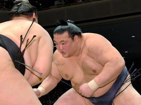 大相撲初場所で初優勝を決めている大関稀勢の里の横綱昇進が確実になりました。二所ノ関審判部長が部内で話…