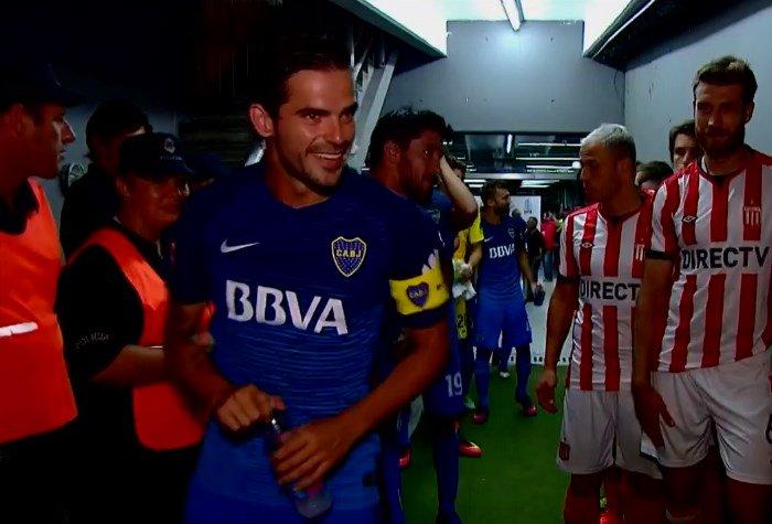 Fernando Gago es el capitán de Boca en el partido contra el Pincha. ht...
