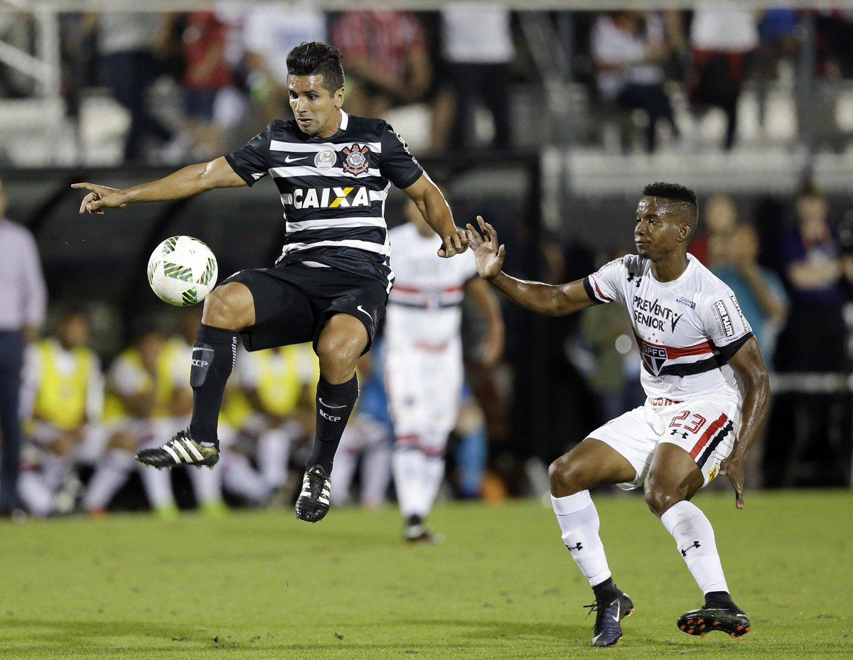 São Paulo bate Corinthians nos pênaltis e conquista a Florida Cup: htt...