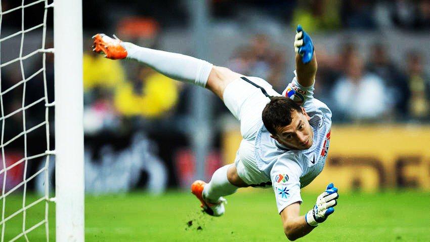 Agustín Marchesín con el Club América:  → 3 partidos. ✗ 6 goles recibi...