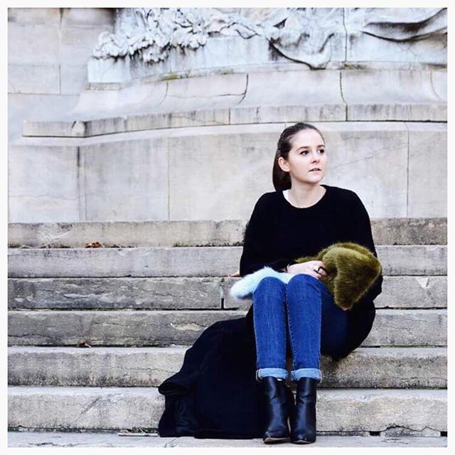 Nouveau Look sur le blog  #LaPetiteLoge #Winter #Outfit #OutfitOfTheDay #Lyon #Blog #BlogMode #BlogModeLyon...  https://www. instagram.com/p/BPj58dJDZ4f/  &nbsp;  <br>http://pic.twitter.com/LTGbMH3Qu1