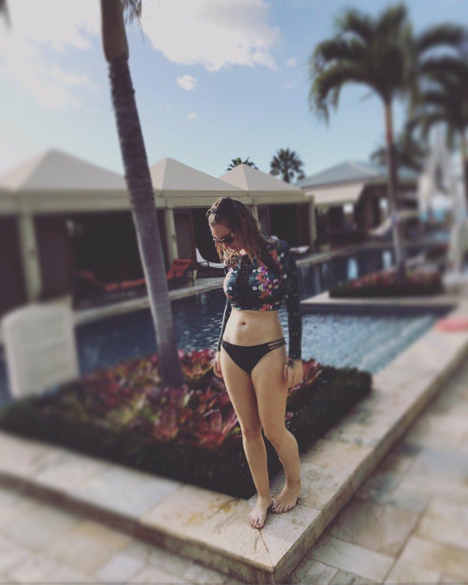 Bikini Ingrid Michaelson