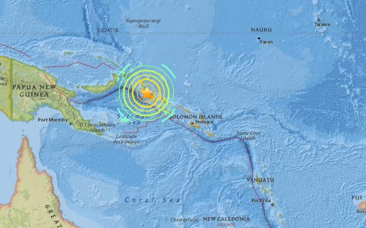 Une alerte #tsunami a été émis pour le #Pacifique après qu&#39;un séisme de magnitude 8 a frappé à 47 km à l&#39;ouest de #Bougainville (PNG).<br>http://pic.twitter.com/nMUeQtBVG6