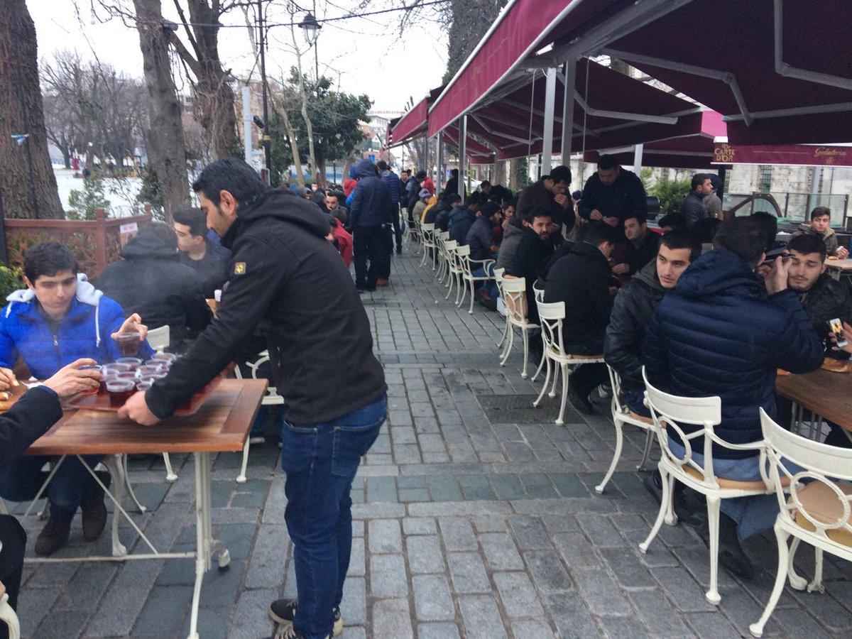Kahvaltı sonrası @KartalAkGenclik ile birlikte #Ayasofya 'yı gezerek h...