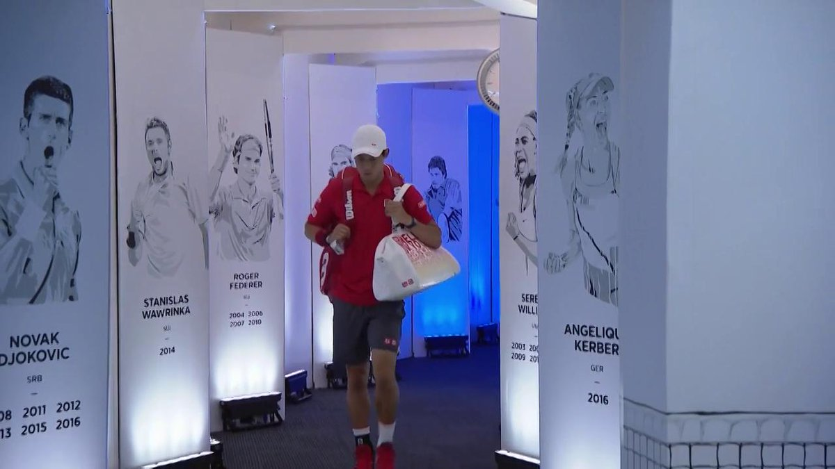 Roger #Federer and Kei #Nishikori walk out onto RLA! #AusOpen https://...