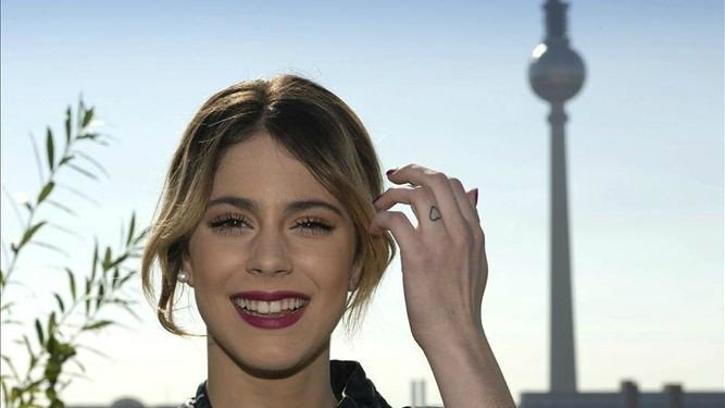 Martina Stoessel se declara a Pepe Barroso ➝https://t.co/pwS8zMQM8N ht...