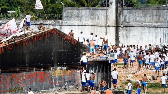 'Só liberar dinheiro não resolve a crise nas prisões do Brasil', diz a...