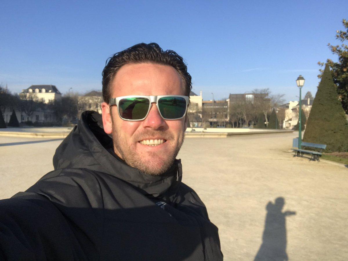 . #dimanche #promenade #angers sous le #soleil #froid #sec vraiment #top #tjrsautaquet<br>http://pic.twitter.com/E8acSwPq37