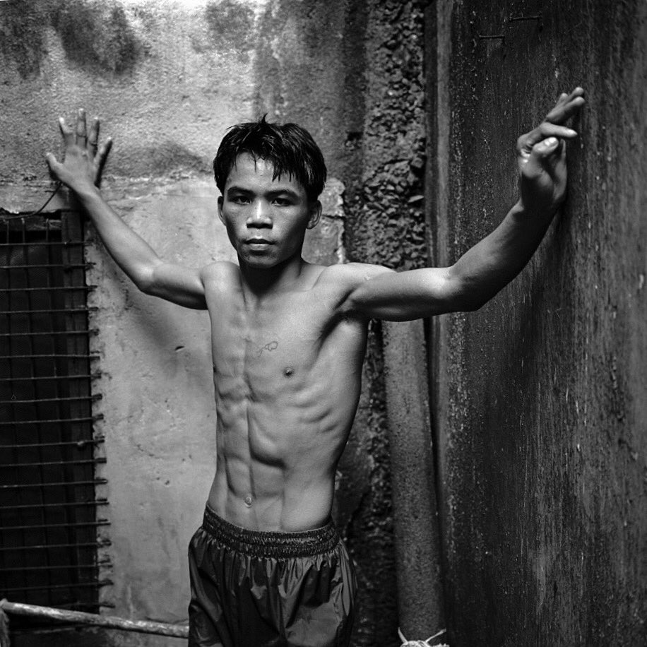 #OnThisDay in 1995 16-year-old Manny Pacquiao made his pro debut. #OTD...