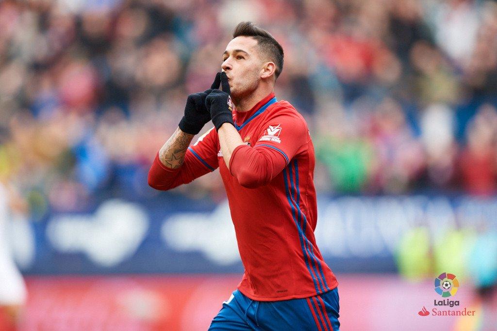 HT #OsasunaSevillaFC 1-1  (Sergio Leon 15; Iborra 43) https://t.co/3O4...