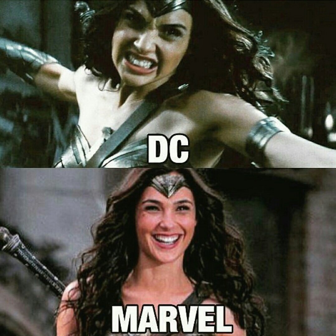 Happy sunday geeks! Which one are you? #marvel or #dccomics #WonderWom...
