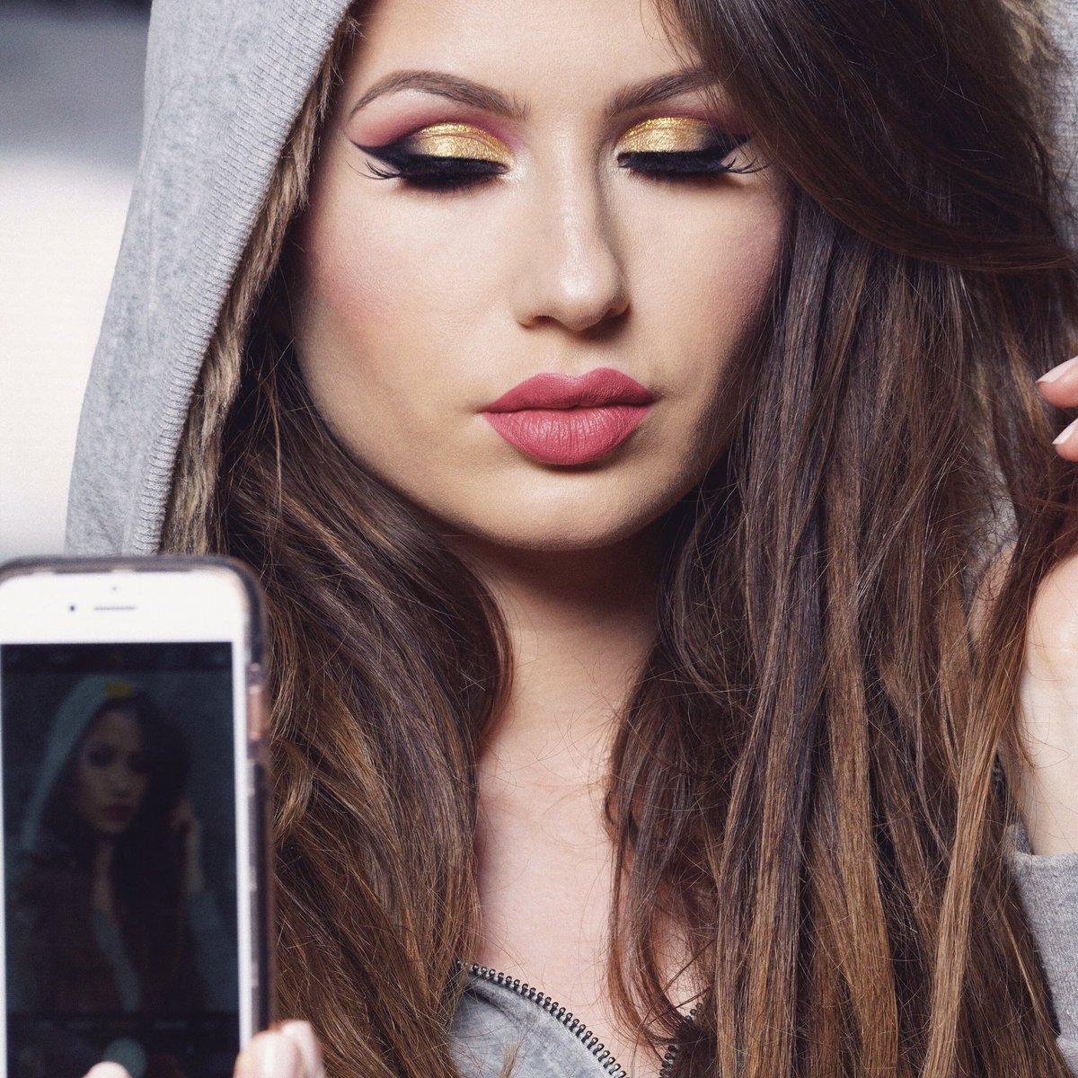 Kat Pro Mua On Twitter Getting A Pixel Perfect Selfie Using