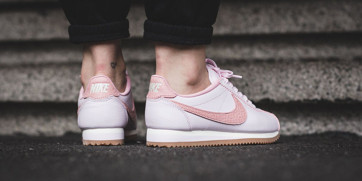 info for b8ca9 54de3 ... where to buy nike wmns classic cortez leather lux pearl pink pearl pink  sail gum med