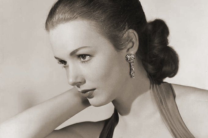 Happy 85th birthday Piper Laurie
