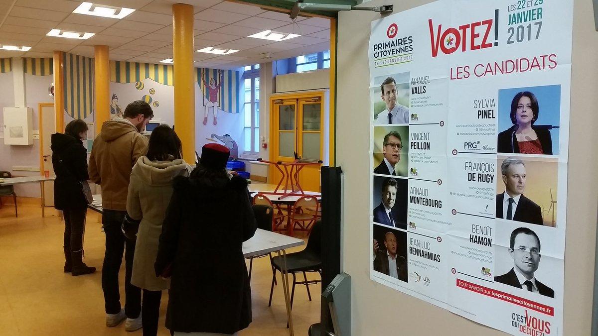 #instantané dans un bureau de #vote dans le centre de #Paris #Primaire...