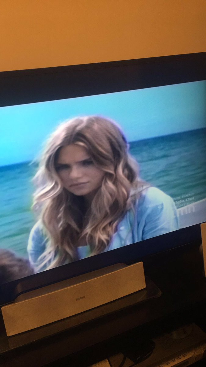Watching Blue Lagoon has me excited for the #AfterMovie @imaginator1dx<br>http://pic.twitter.com/aoo8cN2gpp