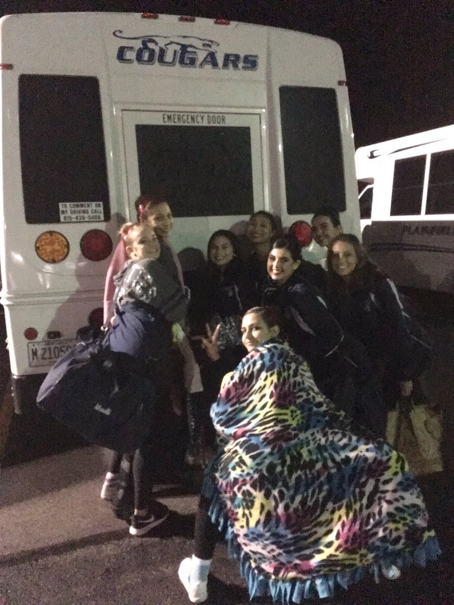 When you gotta drive the Cougar bus last minute to Sectionals... #momsgotit #brightlights  ️ <br>http://pic.twitter.com/Ll8EOtRLQY