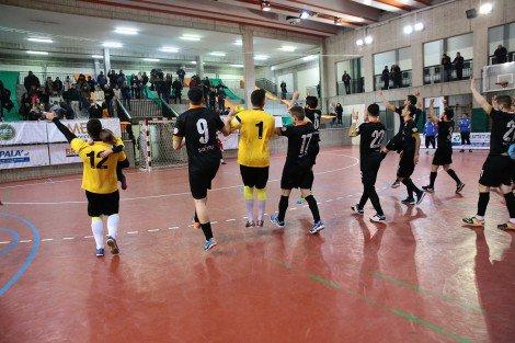 Calcio a 5, il Catania dei giovani si arrende alla Meta nel derby (FOTO) - https://t.co/sn8hRaHXcD #blogsicilianotizie