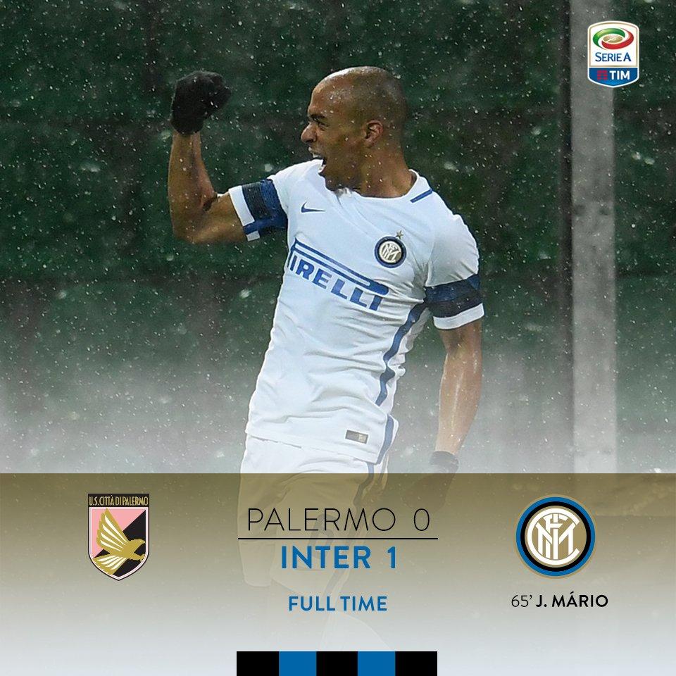 90'+5 - Triplice fischio di Irrati: #PalermoInter finisce 0-1, decisiv...