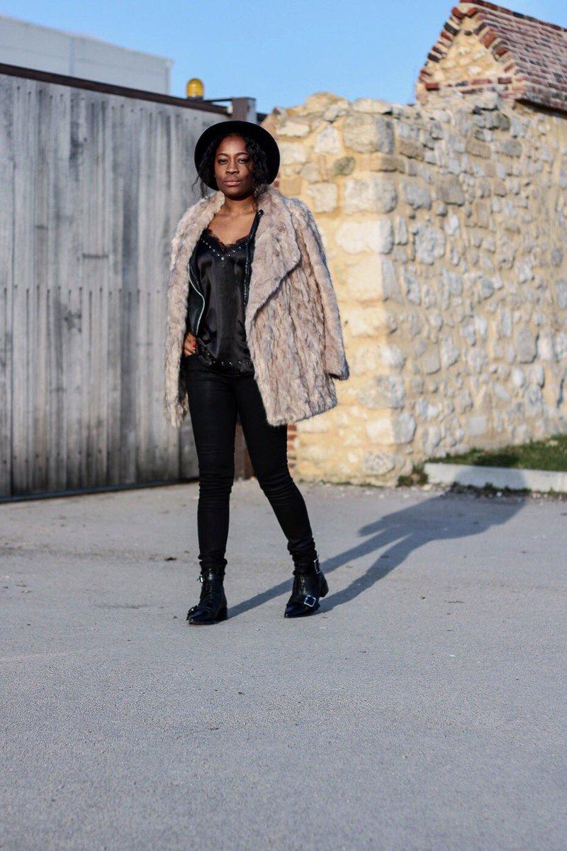 Bonsoir ce #look est en ligne sur mon blog  http://www. lafillefauchee.com  &nbsp;   #fashion #fashionblogger #blogmode #ootd #outfit <br>http://pic.twitter.com/uoxpx3m9KJ