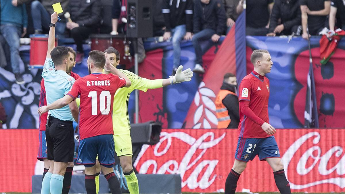 Osasuna presentará una queja por el arbitraje ante el Sevilla https://...