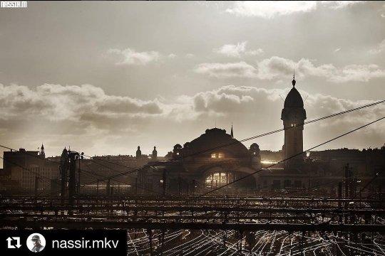 Terminons la journée avec cette belle vue sur la gare de #Limoges  /© nassir.mkv #Instagram <br>http://pic.twitter.com/NrbufFYpTp