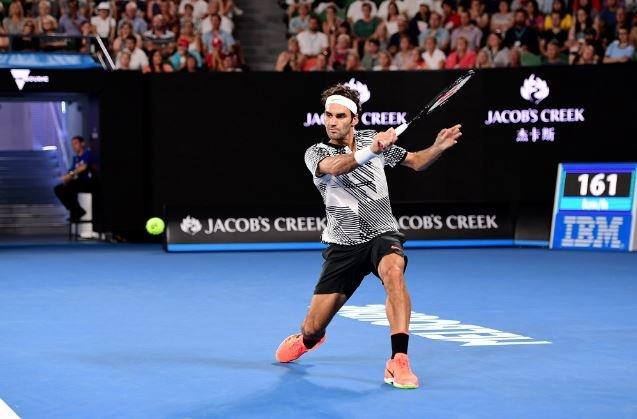 Australia: Federer avanzó a paso firme y Andy Murray dio la gran sorpr...