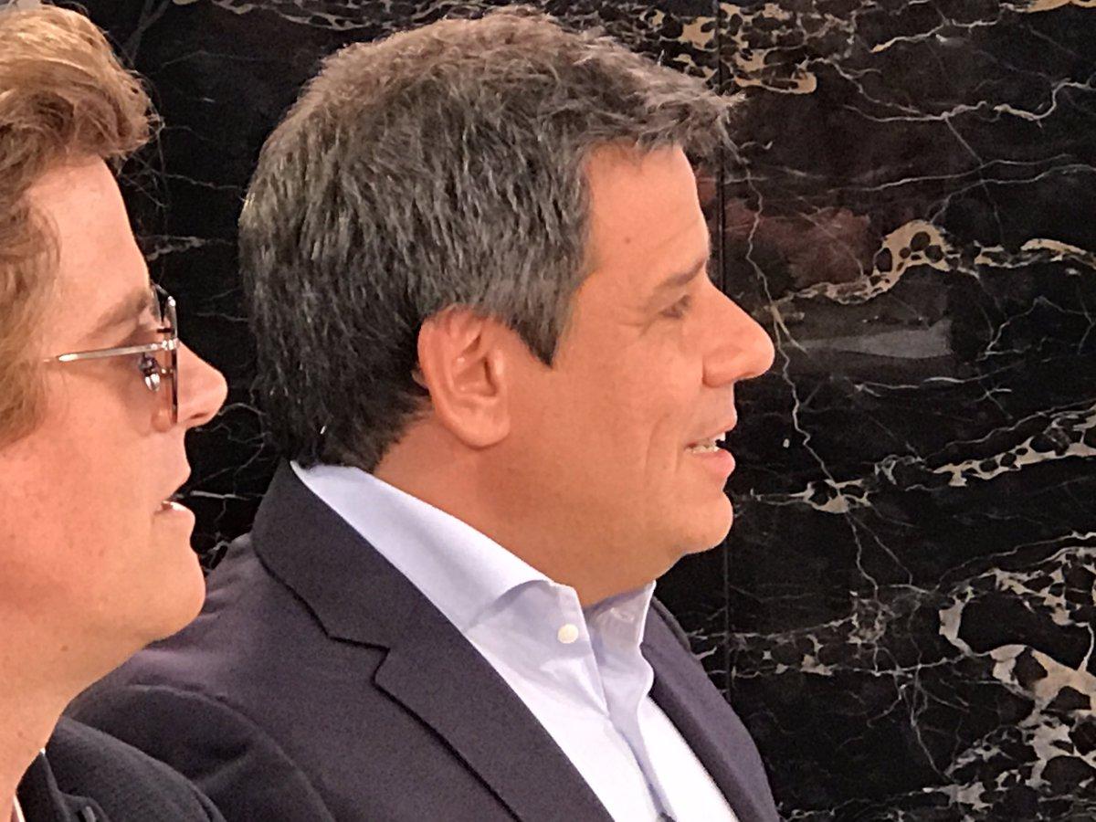 'Los argentinos somos amigueros' - @ManesF #Mesaza https://t.co/H9VV3A...