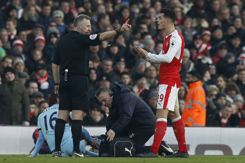 Picture: Granit Xhaka responds to Arsenal fans after awful sending off against Burnley