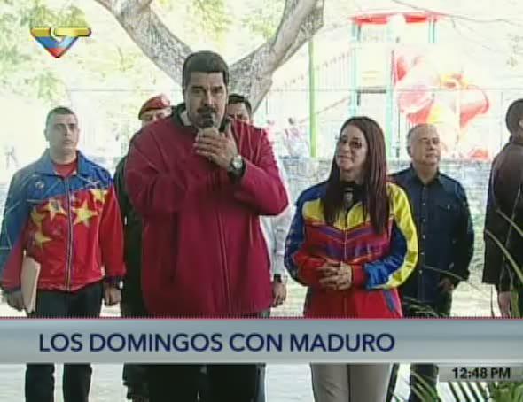 .@NicolasMaduro: No puede haber ni una comunidad abandonada, debemos a...