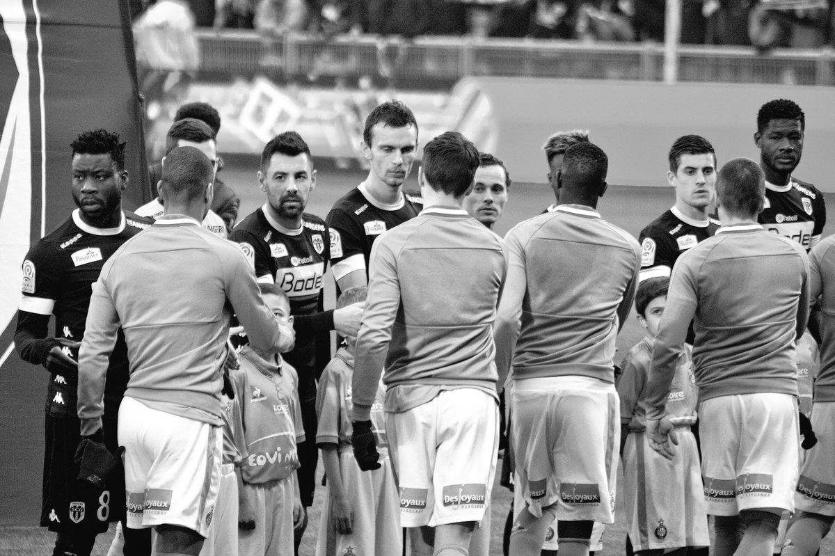 Victoire 2-1 de @ASSEofficiel ! Les Verts se relancent en championnat...