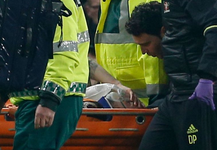 Ryan Mason taken to hospital after nasty collision with Chelsea star...