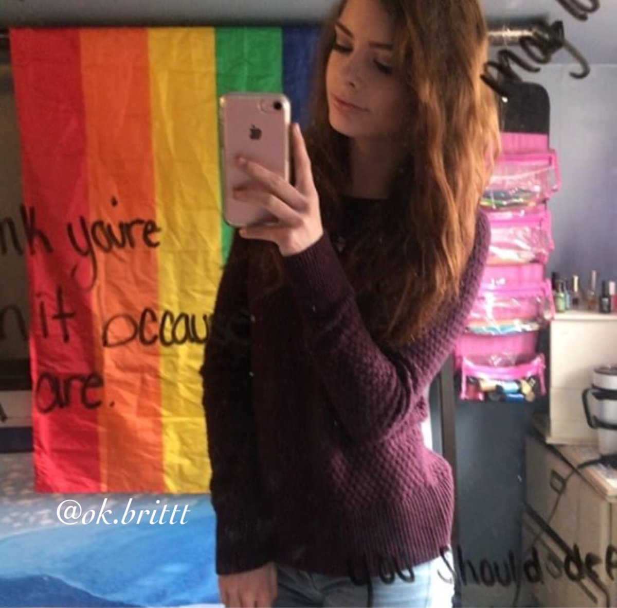Teen selfies twitter