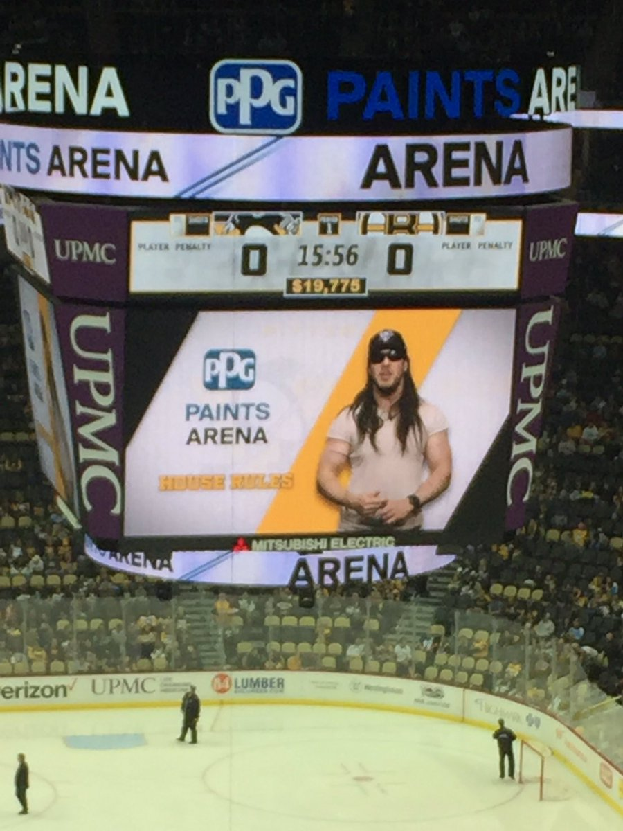 Seeing @AndrewWK at @penguins games will never get old. #PartyHard <br>http://pic.twitter.com/InVhdqwUKX
