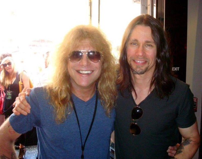 Happy birthday to Steven Adler!