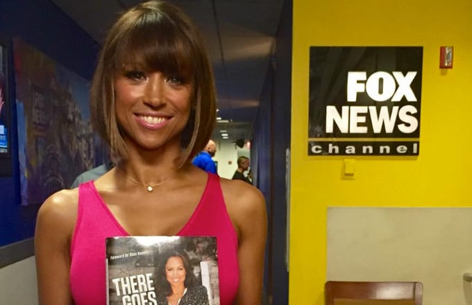 Fox declined to renew Stacey Dash's contract and Twitter rejoiced with dank memes.