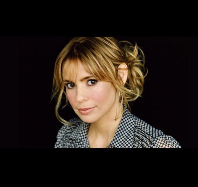 Happy Birthday to one of my all time favorite crushes, Ms Olivia d\Abo!