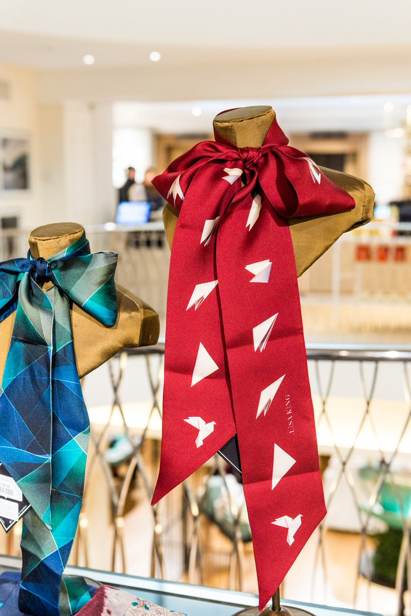 Shop @LisaKingLondon exclusives at Fortnum's this Valentine's Day https://t.co/mCLukwD25E https://t.co/kay5nGCFtc
