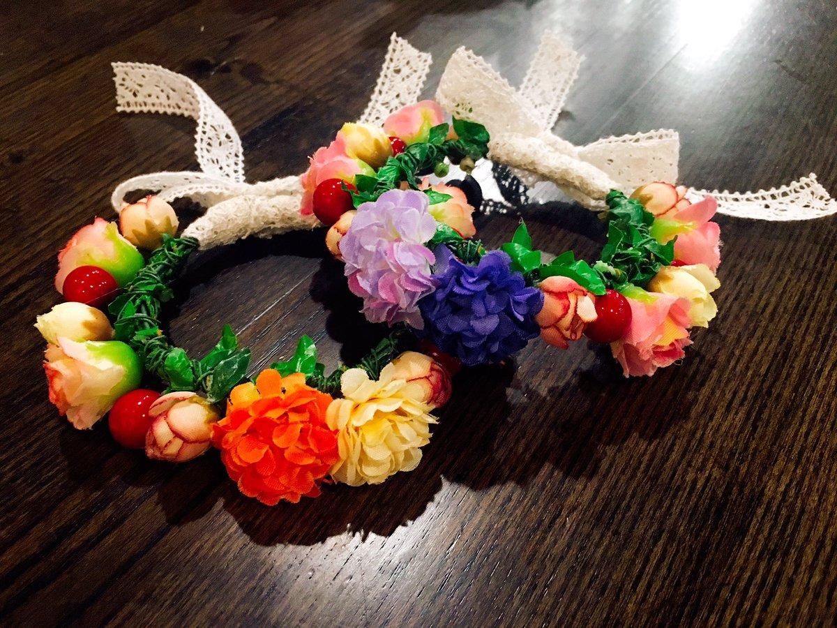 키링용 화관 포인트 꽃의 색을 더 추가했어요💕