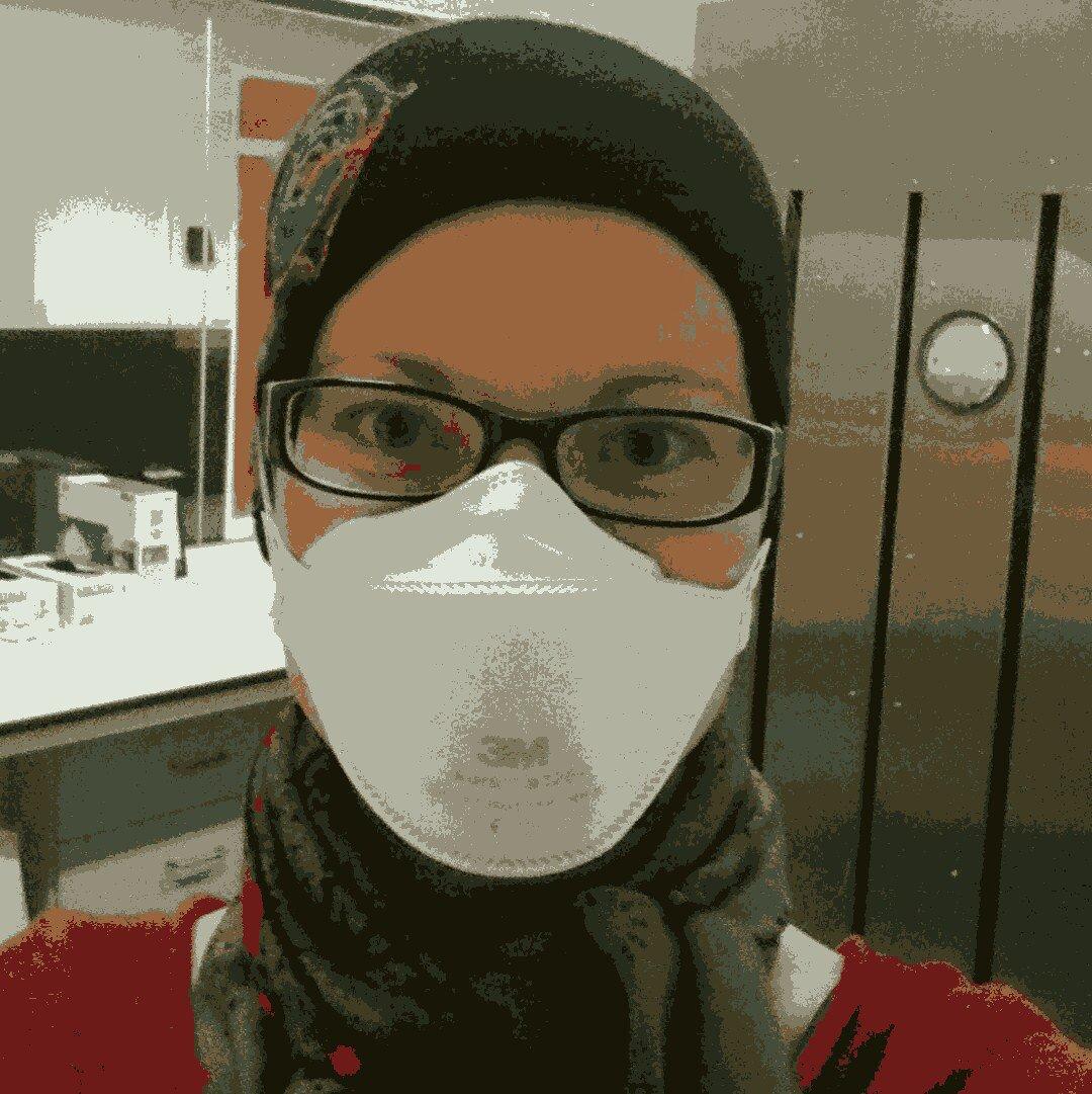 Hi, I'm Serina, I'm an #actuallivingscientist. I study minimalist genome haemoparasites and I #DressLikeAWoman. #womeninSTEM https://t.co/KtceSLZfOY