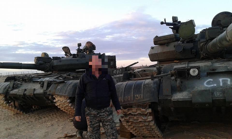 الجيش العربي السوري يتسلم دفعة من دبابات T-62M ومركبات مشاة قتالية BMP-1 - صفحة 2 C30hPxhWIAAOJhL