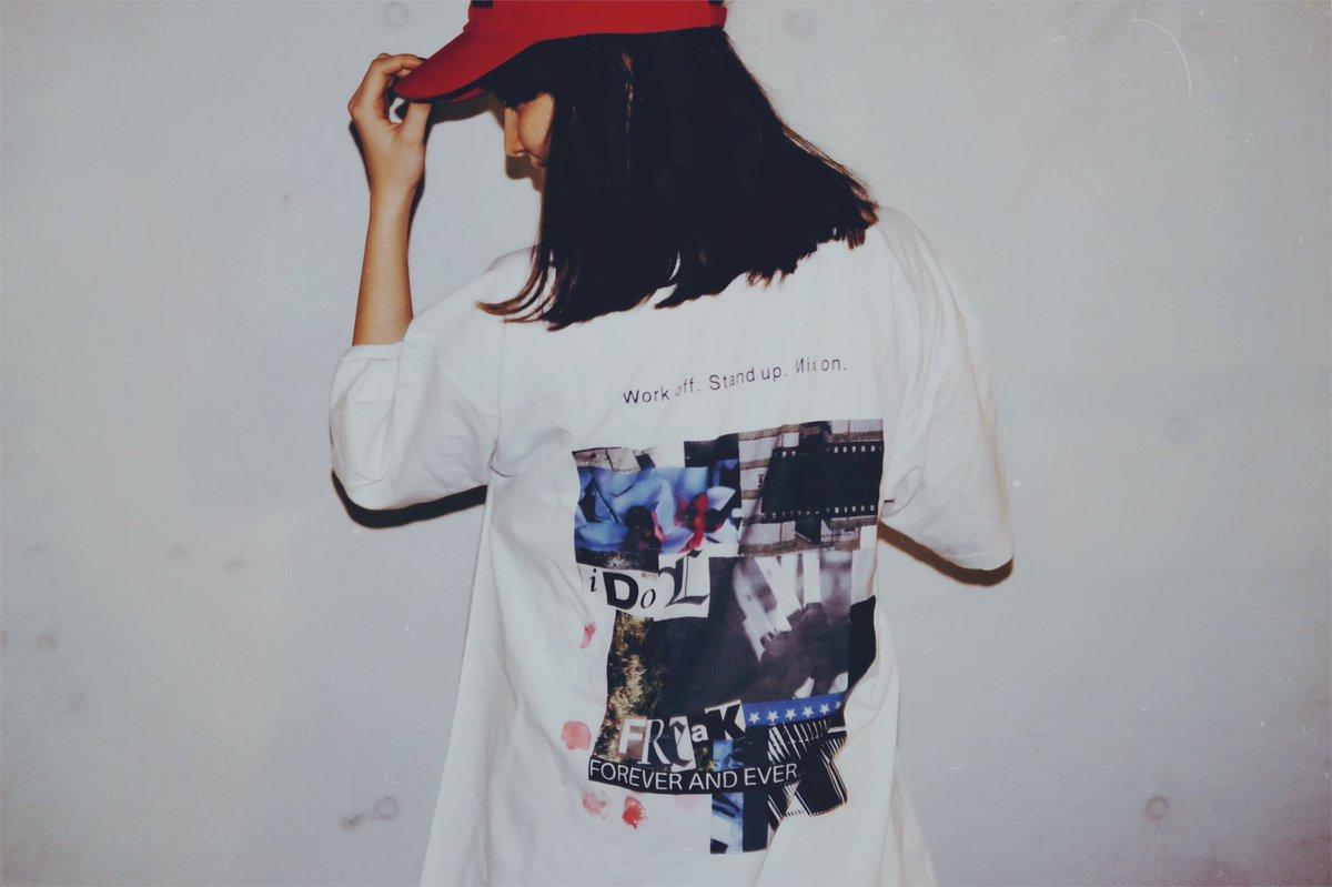 みんなが普段着れるTシャツほしいなーと思って「IDOL FREAK」作りました😂 LAで会ったコラー…