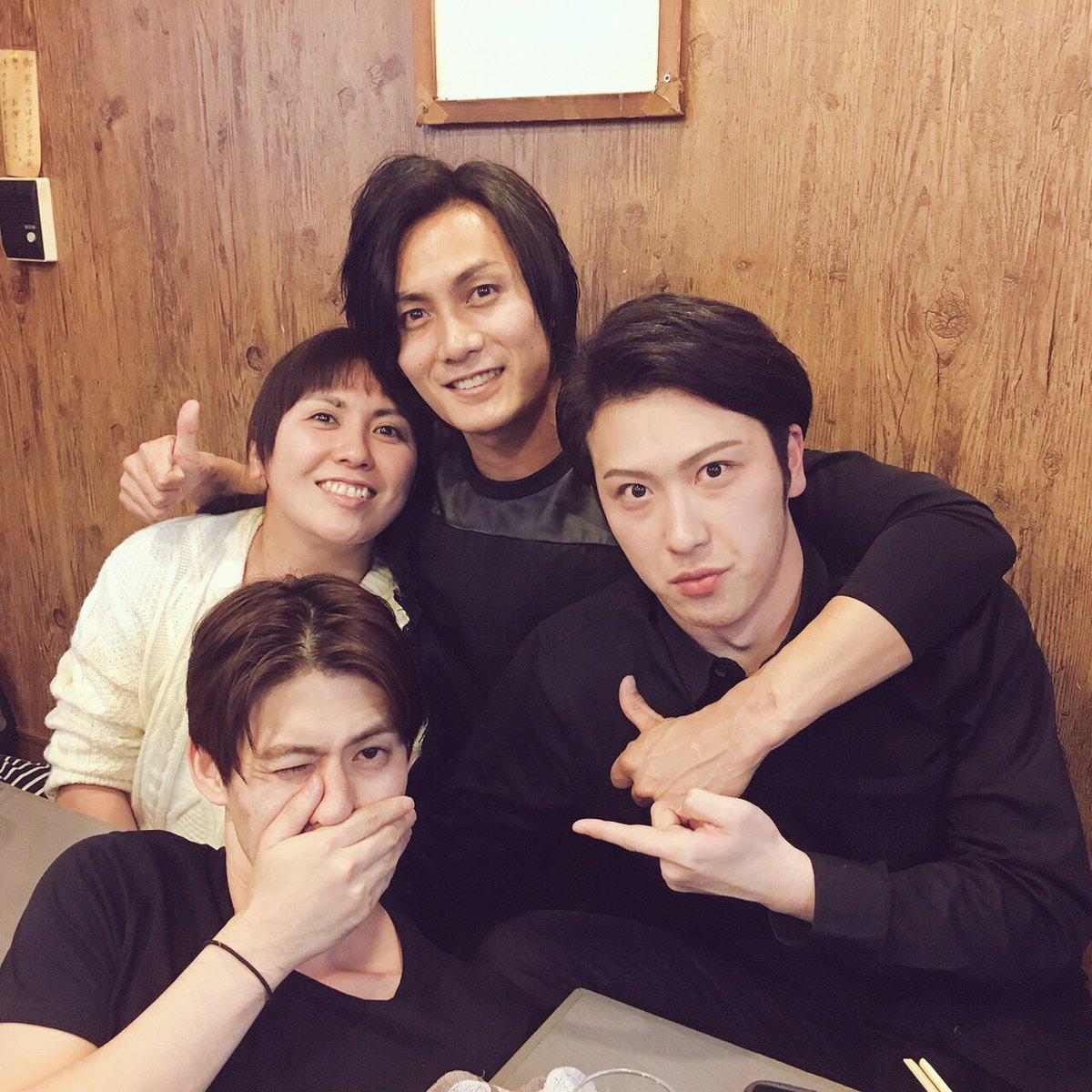 大阪の地にて、旧ロミジュリメンバー再開!ハマコ姉、尾上の松也!大ちゃんは明日もよろしくね(笑)