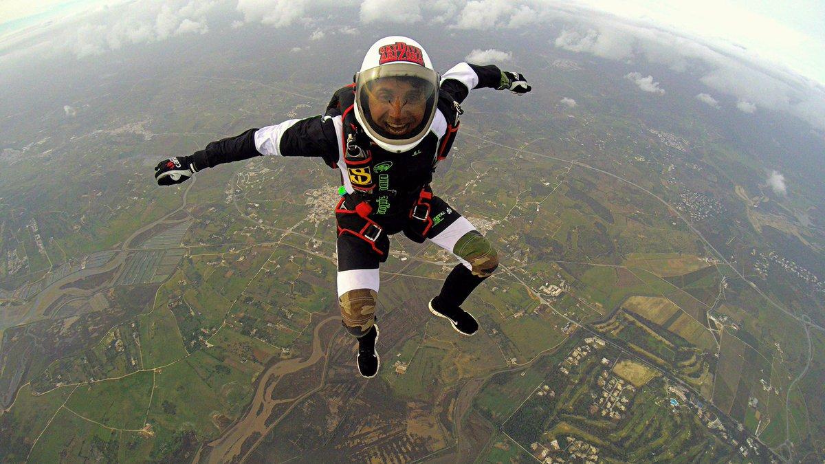 saut en parachute jean luc lahaye