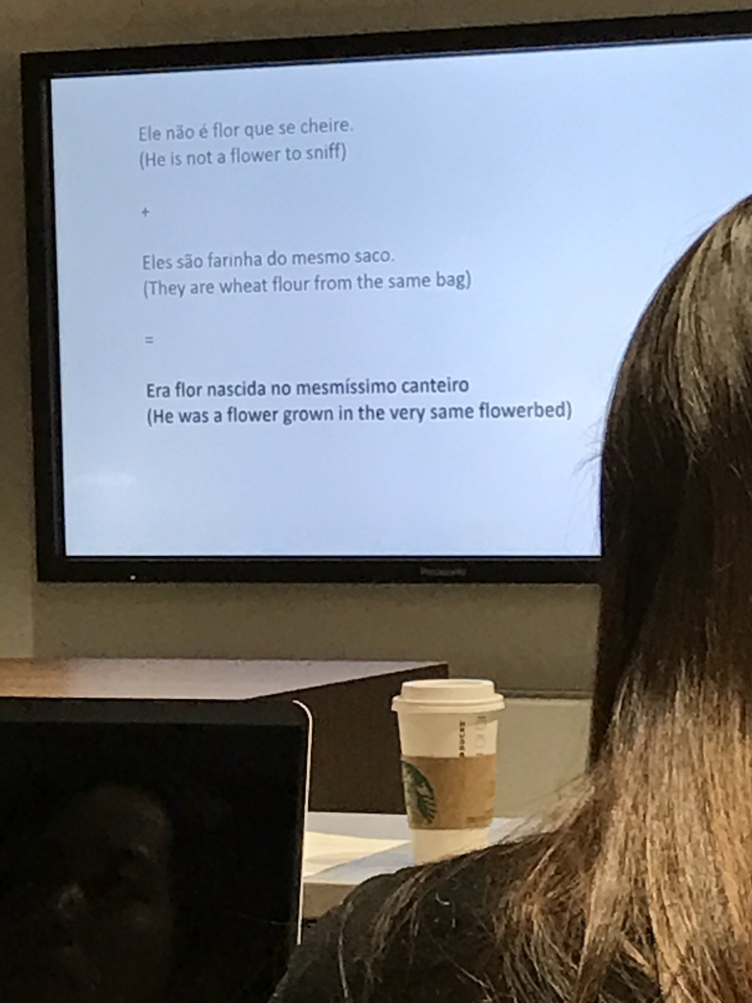 """Botelho translates the Pardoner in language and meaning for Brazilian readers as """"flour from the same bag"""" as the Summoner  #gwdh17 https://t.co/Ch6SHfaPcy"""