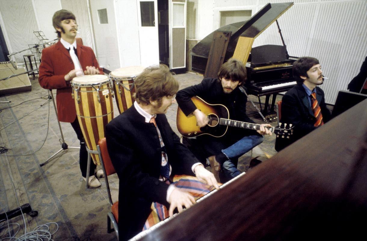 The Beatles recording Sgt. Pepper, 1967. https://t.co/Z83jexXctM