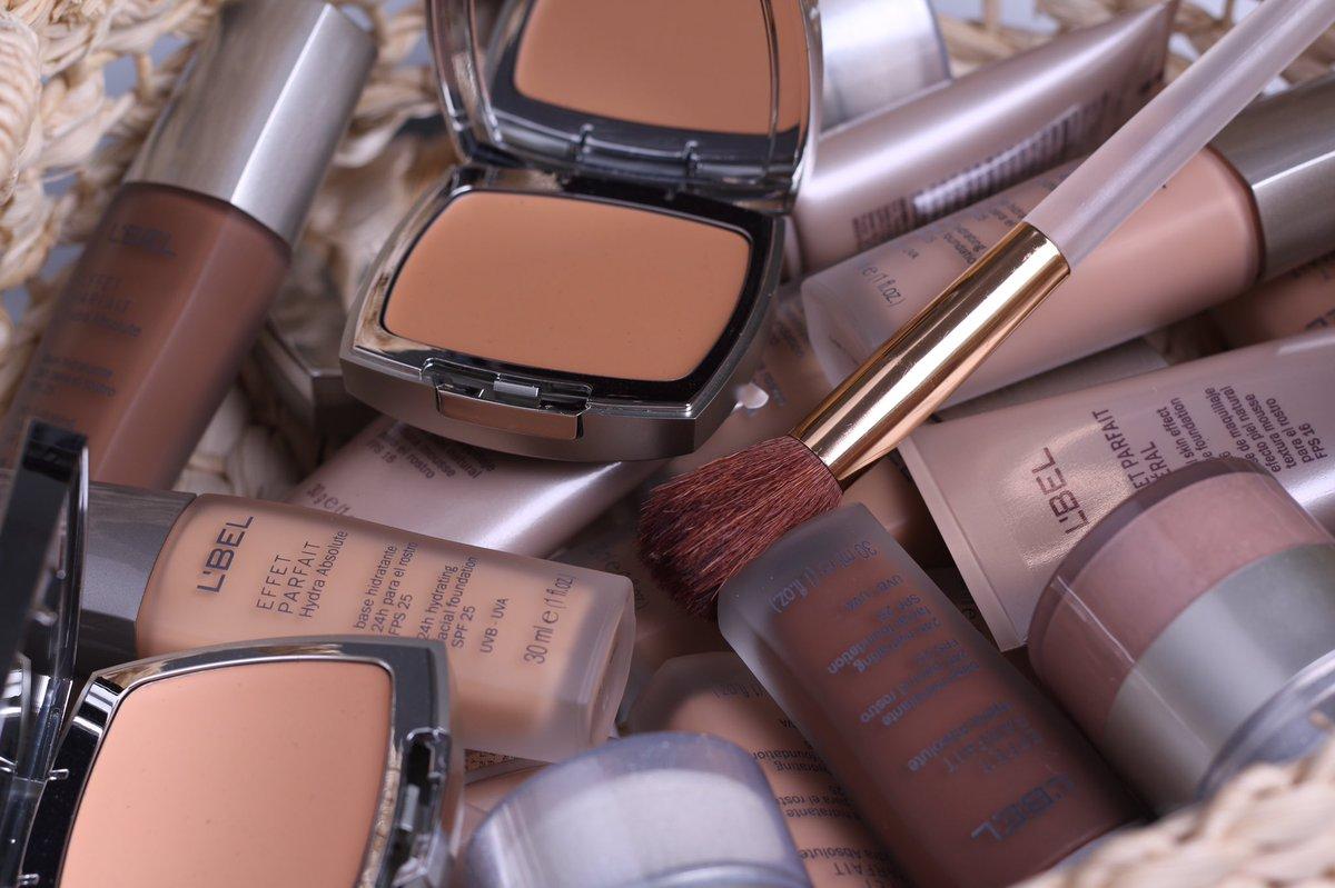 ¿Sigues buscando el #maquillaje ideal para ti? Encuéntralo en nuestro Asesor: https://t.co/o4RfE6wW5N https://t.co/jjLs9Eu7HE
