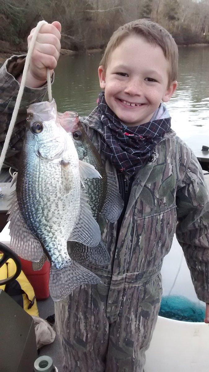 It's always a good day when you #takeakidfishing https://t.co/zQXgebdFLq
