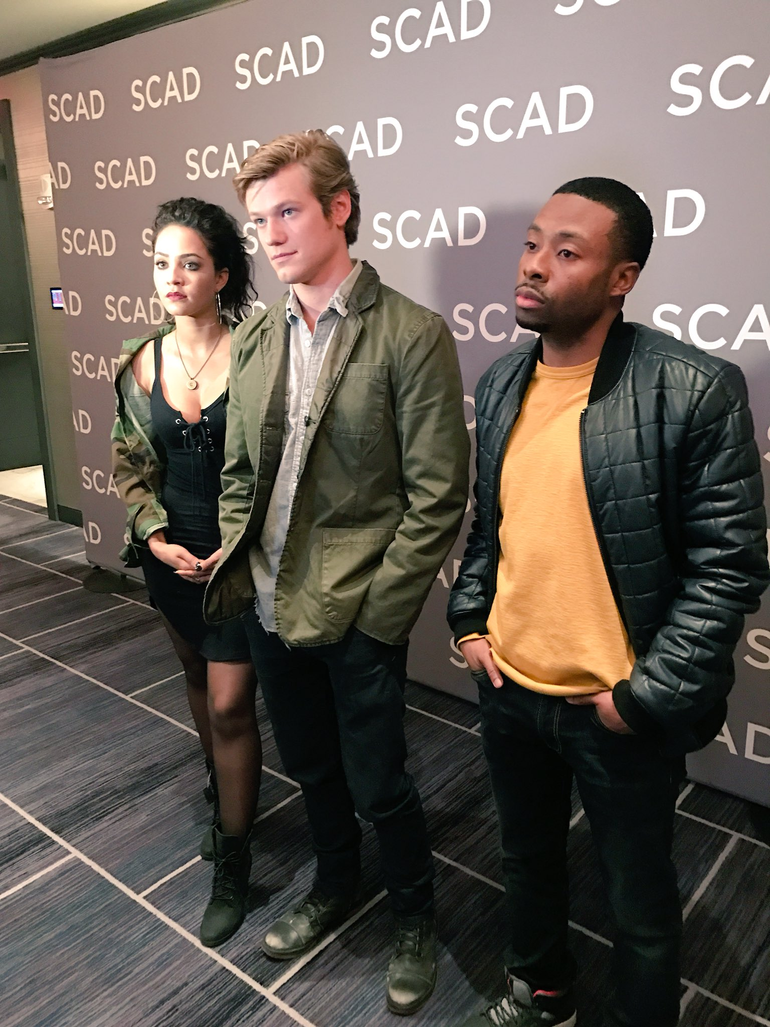 Just wrapped with the cast of @MacGyverCBS!!! One of my favorite interview ever. Love this cast!! #aTVfest https://t.co/9vjxTdmV5A